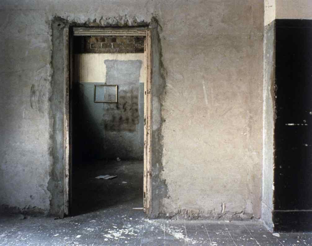 Blank Walls ©Lisa M. Robinson