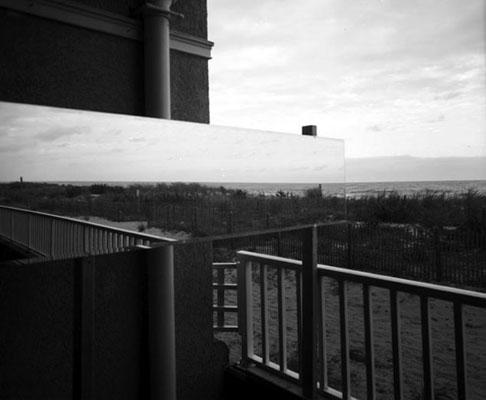 Extended Horizon ©Zev Schmitz